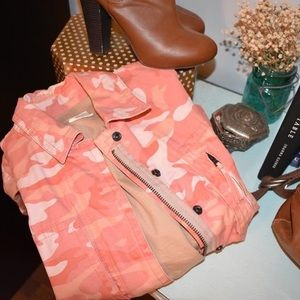 GAP Lined Coral Camo Jacket